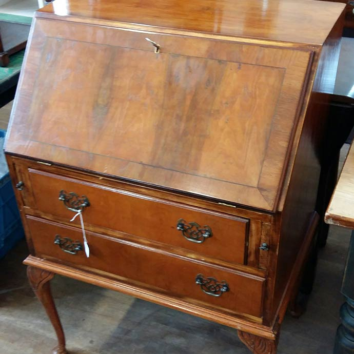 Antique desks; Antique desks - Antique Desks - Collectable Office Desks For Sale In Ammanford